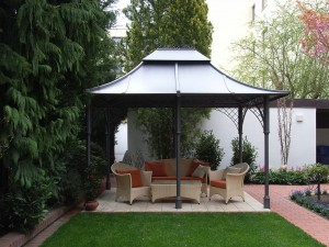 gartenpavillon aus metall mit dach aktuelletrends. Black Bedroom Furniture Sets. Home Design Ideas
